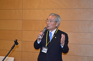 Former Minister of Justice, Seiken Sugiura speaks at the reception