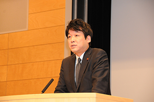Mr. Kentaro Sonoura, Parliamentary Secretary of Foreign Affairs delivers his keynote speech
